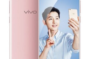 The leading smartphone manufacturer Vivo is ready to launch its new Vivo V5 Plus this week. The company has also started accepting the pre-orders of the smartphone. The smartphone will cost something around RM 1,799 (roughly 27,500 INR). Speaking about the specifications of new Vivo V5 Plus, the phone sports a 5.5-inch Full HD display and a pixel ratio of 1080 x 1920. Fueling the phone is an octa-core Qualcomm Snapdragon 625 processor along with 4GB of RAM. The internal storage of the smartphone comes with a capacity of 64GB that can be extended further up to 256GB via MicroSD card. The new Vivo V5 Plus runs on Android 6.0. This is highly disappointing. Even though the phone is launched post the new OS update, it is not having the latest Android 7.0 Nougat in the box. In the camera section, the phone is integrated with 16MP of rear camera along with LED flash. The phone has dual front-facing cameras of 20MP and 8MP each. Speaking of the connectivity, the Vivo V5 Plus has dual-SIM function, 4G, Bluetooth, VoLTE, Wi-Fi, 3G, FM and GPS. The phone is powered by a 3,160mAh of battery. Well, the main reason of the phone to not be popular among the users will be the OS update. Users are expecting the new Android 7.0 Nougat update in the latest smartphone. The price tag may also be one of the factors restraining the growth of the new Vivo V5 Plus. Let us see and watch which factor will hamper the most.