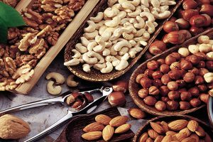 Global Nuts and Seeds (Savory Snacks) Market