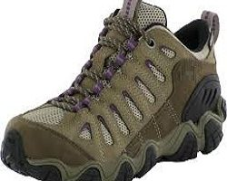 Hiking shoes Market